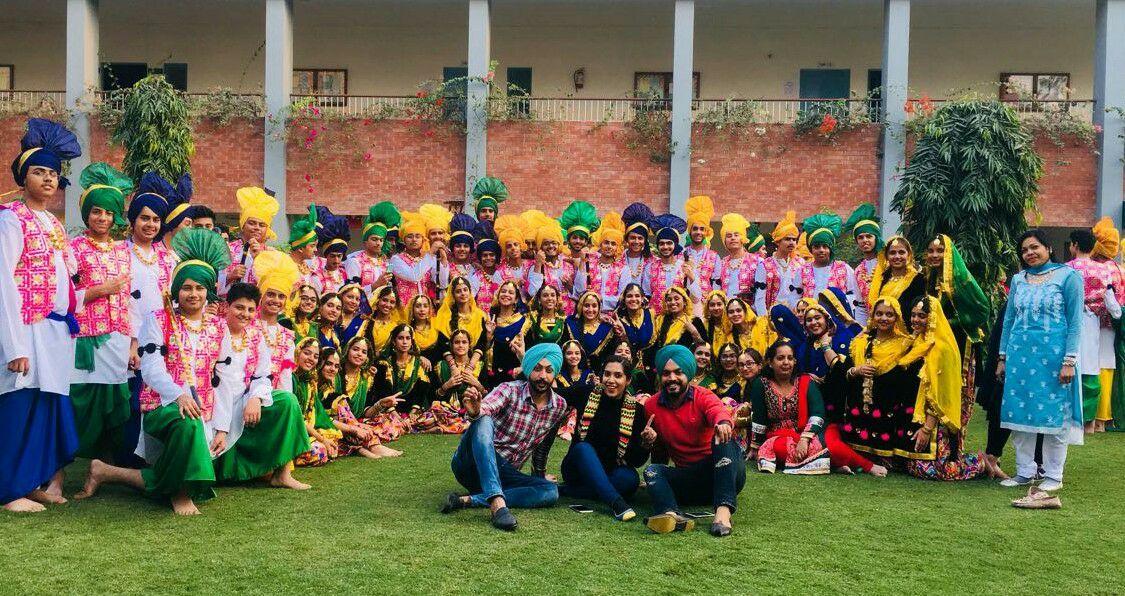 Best Punjabi Folk Bollywood Dance in Chandigarh by Jas K Shan Dance Dacha