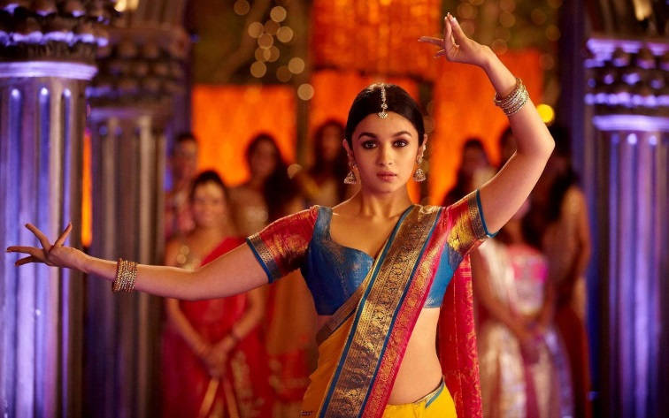 Alia bhatt dance videos dance with me india for 1234 come on the dance floor
