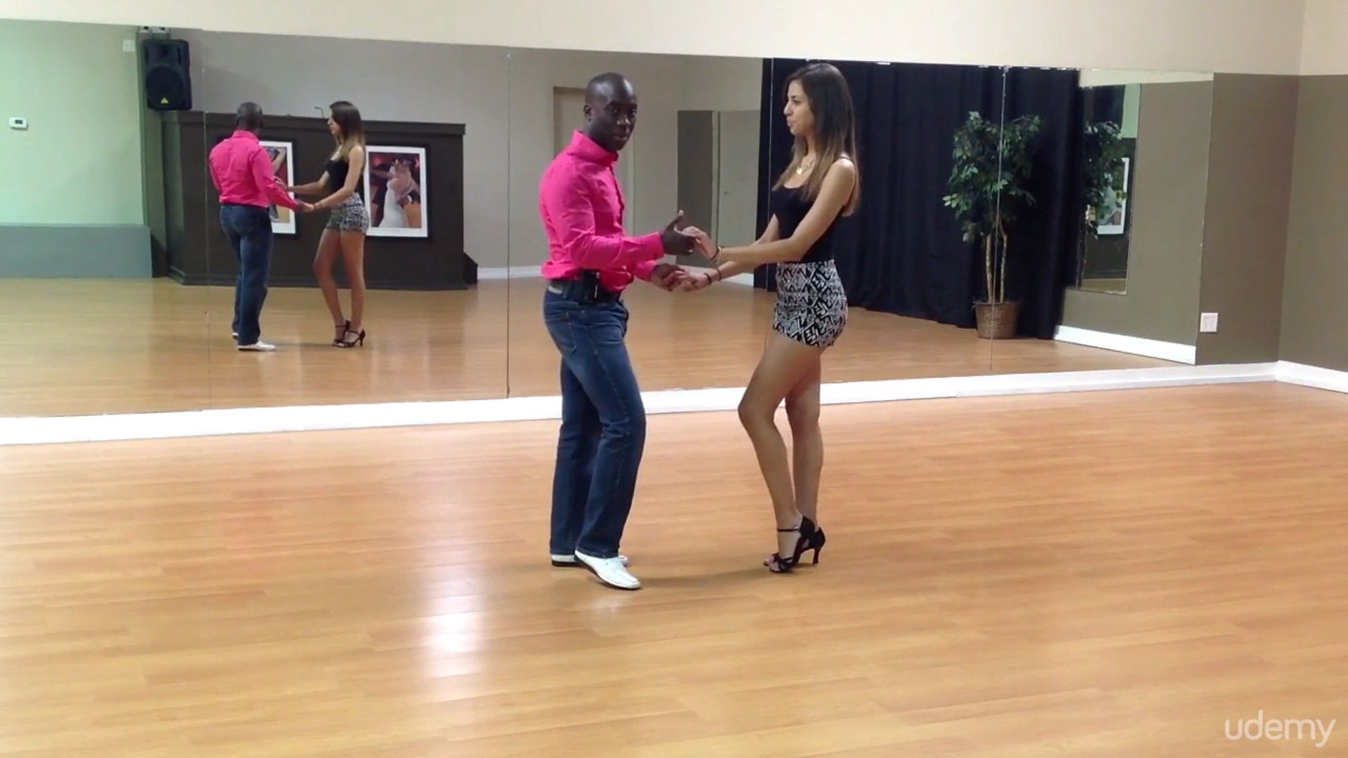 Learn How 2 Dance - Bachata Advanced by Darren Stuart - Dance With Me India