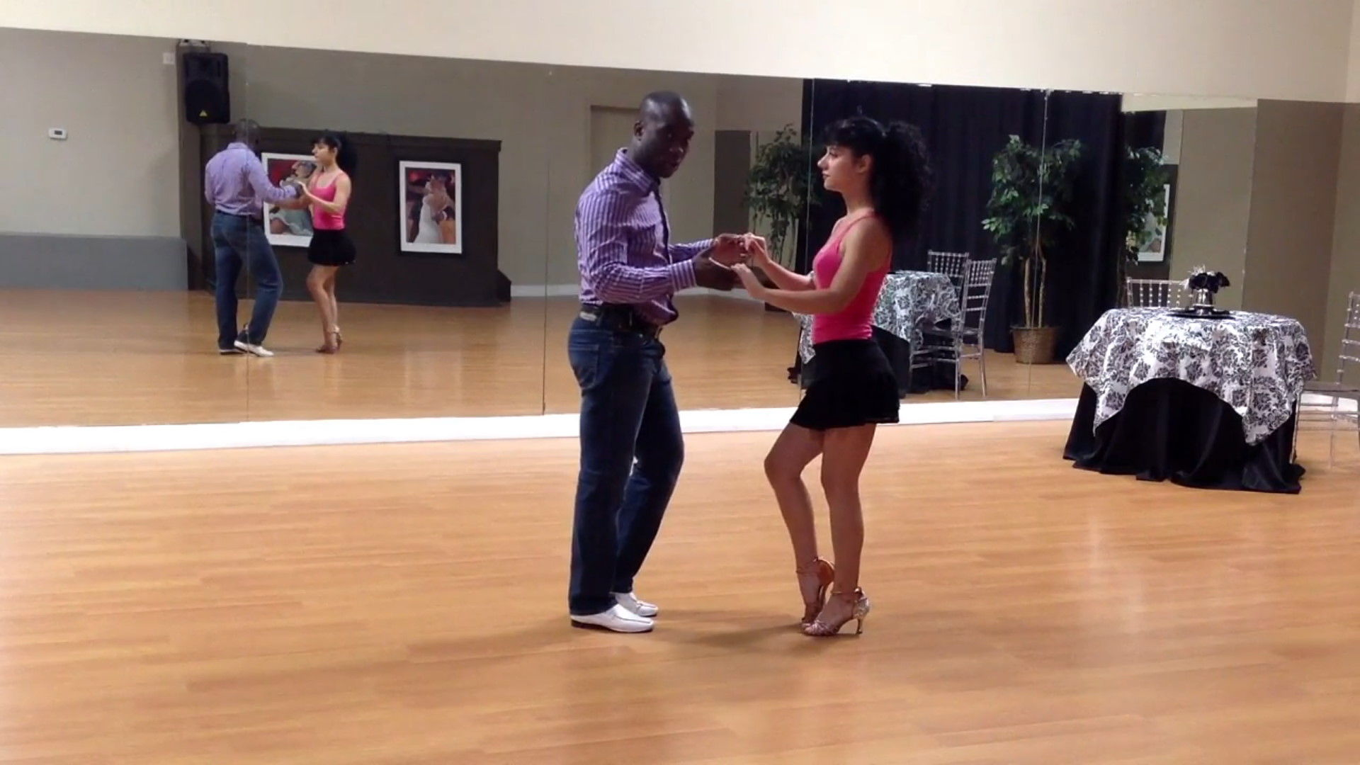 Learn How 2 Dance - Bachata Beginner by Darren Stuart - Dance With Me India